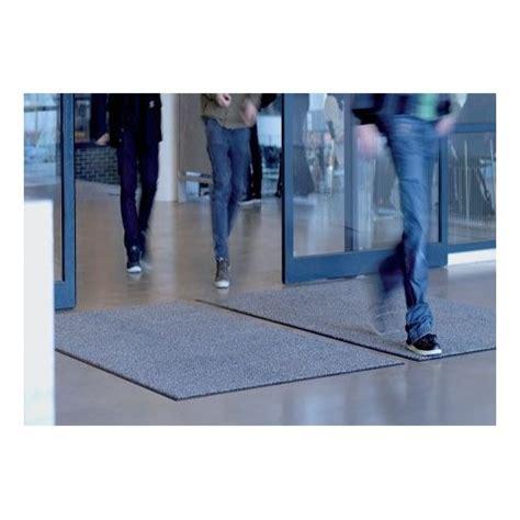 10 walk mat milliken entrance mat walk mats wom 174 85 x 300cm