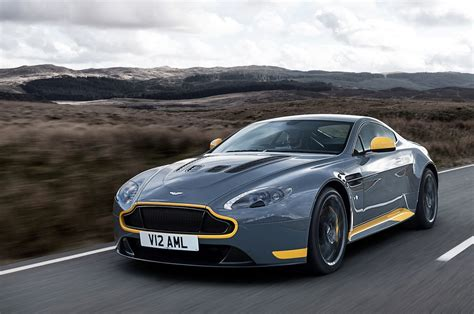 Aston Martin V12 Vanquish by The 2017 Aston Martin V12 Vantage S Stretch Its Legs