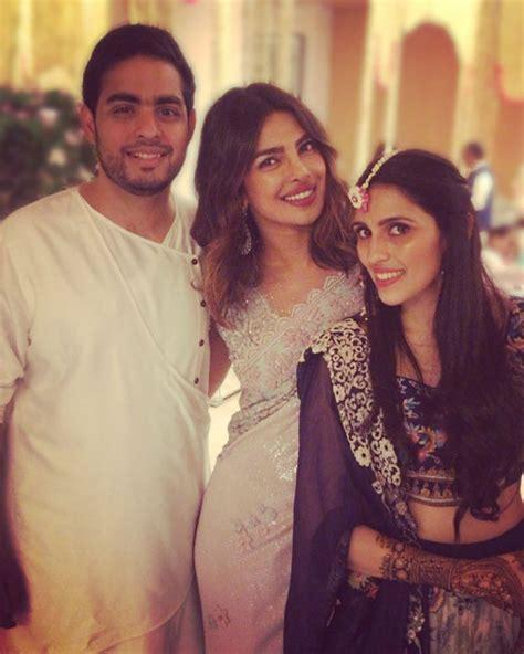 priyanka chopra family hindi inside pics priyanka chopra introduces nick jonas to