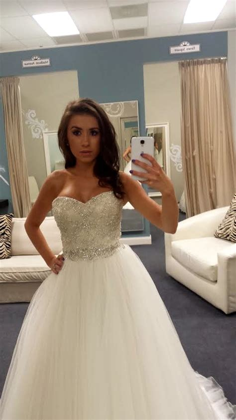 Which Wedding Dress by Which Wedding Dress To Wear