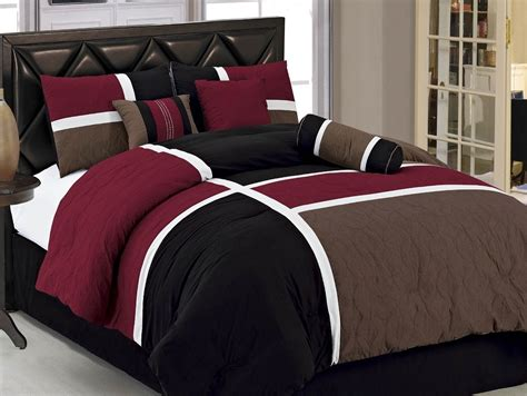 Mens Bedding Sets Mens Bedding Set Retro Bedroom With Bedroom Design In White Black Colors Plain Black