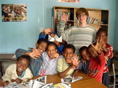 volunteer in orphanages in projects abroad