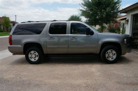 manual cars for sale 2009 chevrolet suburban 2500 parental controls buy used 2009 chevy suburban 2500 4x4 in laredo texas united states