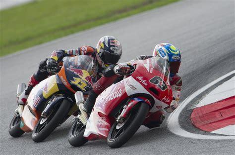 Motogp Sepang Malaysia sandro cortese in motogp of malaysia race 12 of 14 zimbio