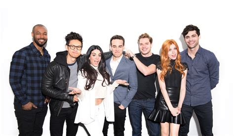 cast of image gallery shadowhunters cast