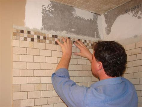 posa piastrelle mosaico piastrelle bagno mosaico rivestimenti piastrellatura bagno