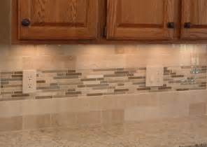 Kitchen Backsplash Ideas With Oak Cabinets by Oak Backsplashes Pictures To Pin On Pinterest