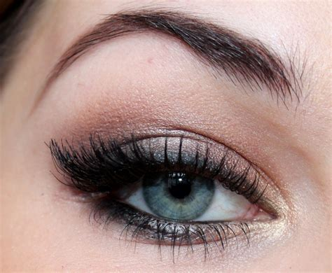 Light Eyeshadow light smokey eye makeup tutorial makeup