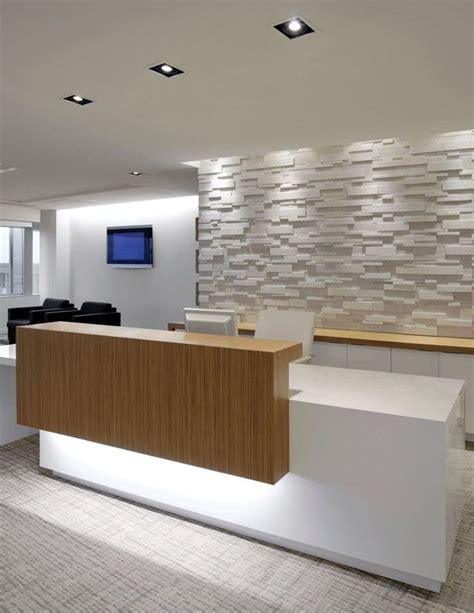 Reception Area Desk 25 Best Ideas About Reception Areas On Front Desk Salon Reception Area And Modern