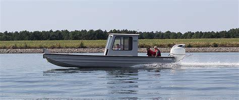pictures of seaark boats aluminum boat builder seaark boats arkansas