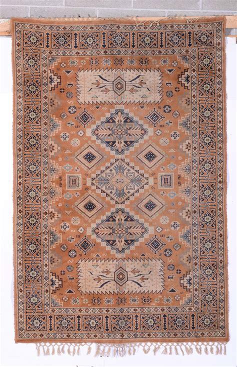 tappeti fatti in casa lotto di due tappeti fatti a macchina tappeti antichi