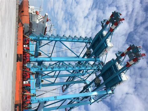 rubber sts coast apm terminals izmir prepares for 2016 opening yellow