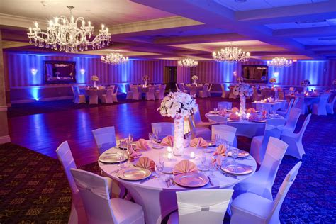 Weddings By Doubletree By Hilton Hotel Tinton Falls | sterling ballroom at the doubletree by hilton tinton falls