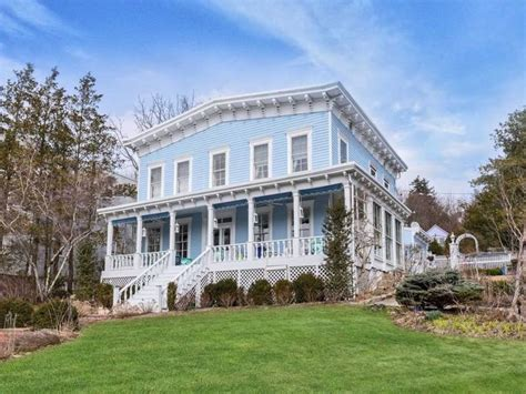 wow house italianate style home built in 1860