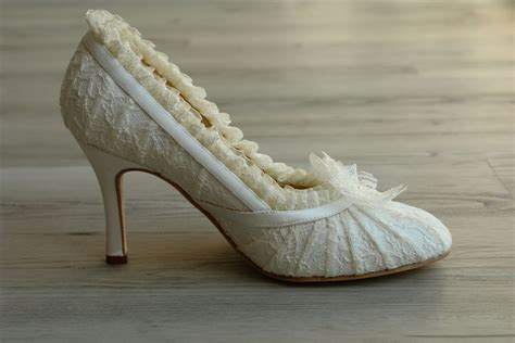 lace wedding shoes 301 moved permanently