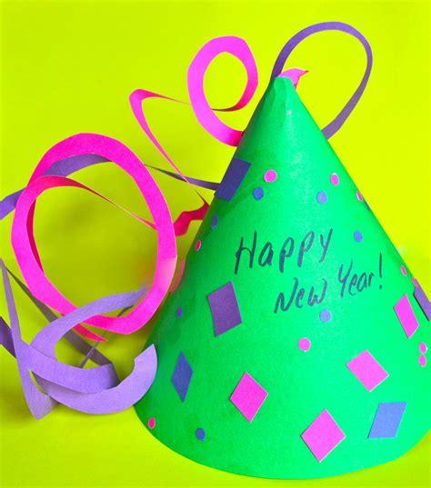christmas eve crafts for preschool kids diy new years hat for the new year new year s crafts preschool