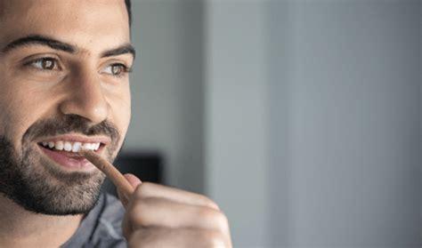 Memutihkan Gigi Di Klinik 12 cara memutihkan gigi hingga putih bersinar 100 alami