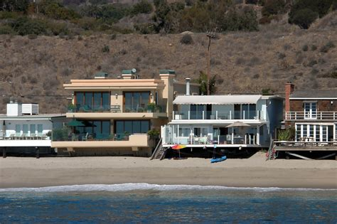 leonardo dicaprio s house leonardo dicaprio photos photos beach homes zimbio