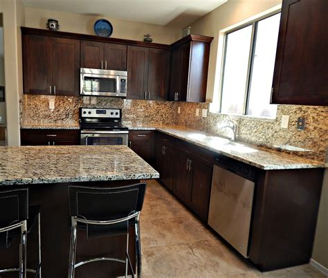 Backsplashes For Kitchens With Granite Countertops Granite Backsplash