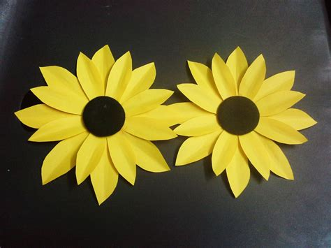 Paper Cutting Flowers Crafts - how to make a paper flower tutorial sunflower paper
