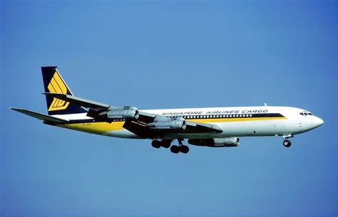 File Holder Singapore Airlines file singapore airlines cargo boeing 707 zurich airport
