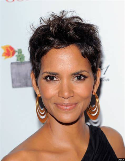 pictures of halle berrys short haircuts from the side and the back view halle berry talks signature short hairstyle and hair