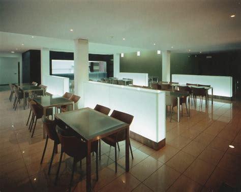 tavolo illuminato tavoli con divisori in vetro illuminato epicentro