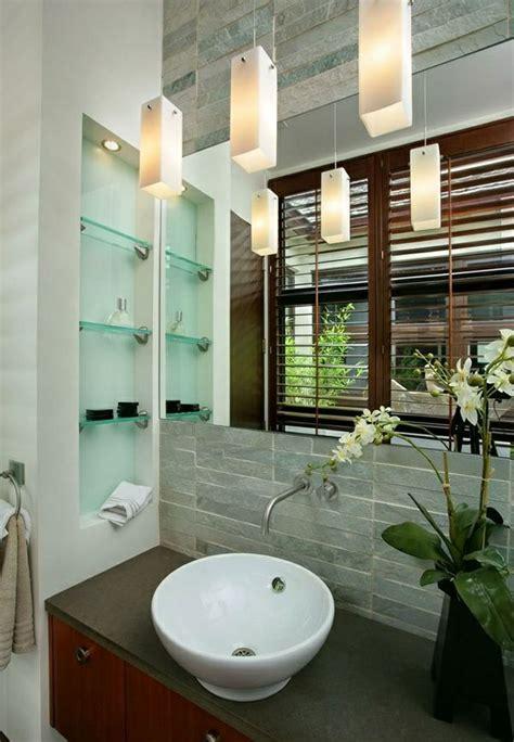 Badezimmer Fliesen Zum Glänzen Bringen badezimmer regale aus glas badezimmerm 246 bel mit schick