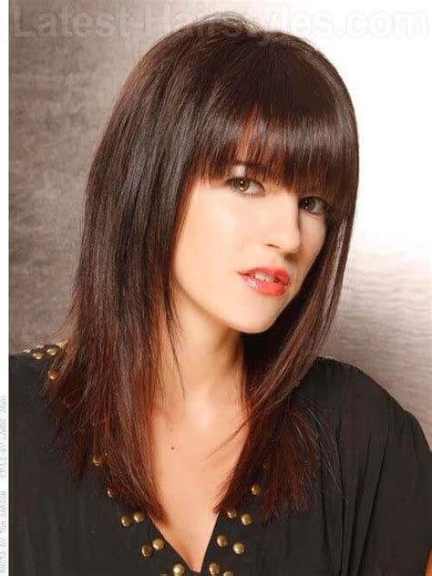 hairstyles with fringe shoulder length the 36 best medium haircuts you gotta check out right now