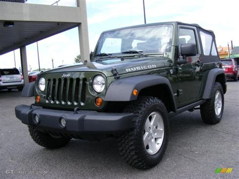 green jeep rubicon 2009 jeep green metallic jeep wrangler rubicon 4x4