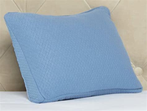 comfort and joy pillow joy mangano comfort joy memorycloud foam pillow 3 pack