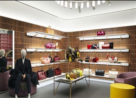 Sepatu Bally 1851 desain interior butik bally karya david chipperfield yang mengadaptasi interior butik karya