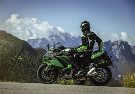 Motorrad Bmw Tourer by Kawasaki Motorr 228 Der Sport Tourer Z1000sx Tourer Roewer