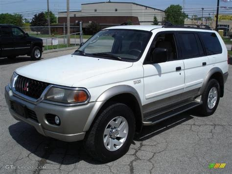 white mitsubishi sports car 2001 mitsubishi montero sport white images