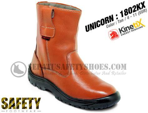 Sepatu All Bermotif sepatu safety boots unicorn 1802kx sepatusafetyshoes