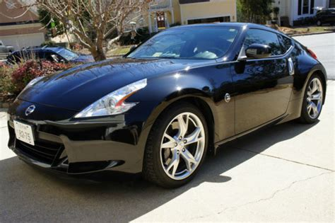 2009 nissan 370z touring coupe 2 door 3 7l w sport package