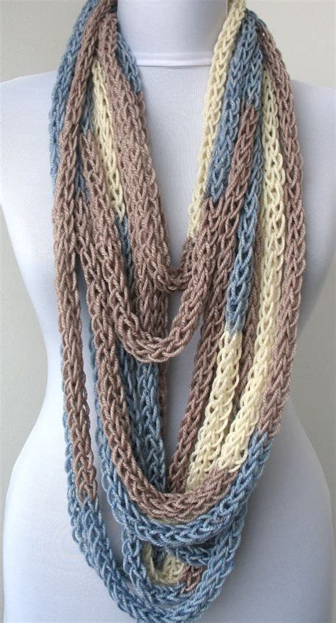 circle loom knitting scarf 25 best ideas about loop de loom on loom