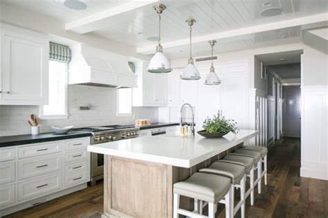coastal kitchen mar wagner design