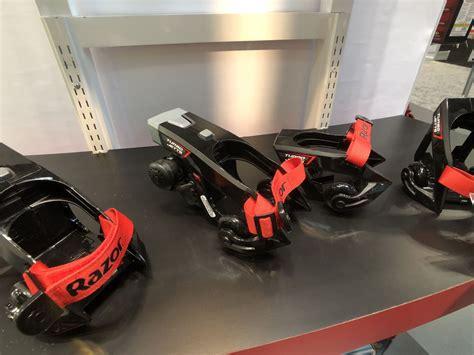 Sepatu Roda Razor turbo jetts sepatu roda yang bisa menempuh 16 km jam