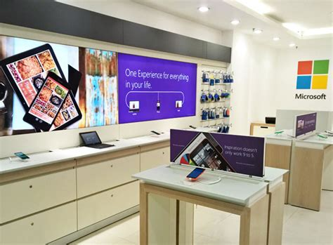microsoft mobile opens retail store in hyderabad