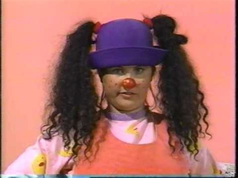 lunette from the big comfy couch the big comfy couch ten second tidy youtube