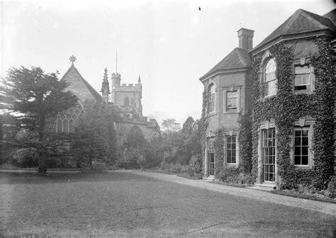 nuneaton abbey street our warwickshire nuneaton parish church and vicarage our warwickshire