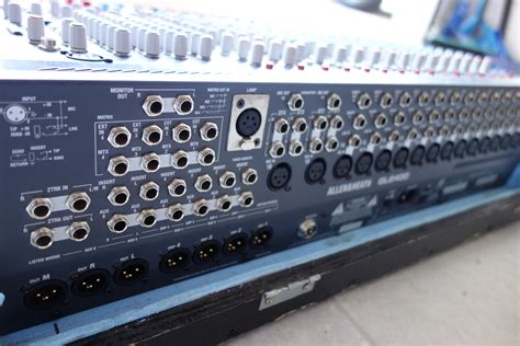 Mixer Allen Heath Gl2400 16 allen heath gl2400 16 image 1040627 audiofanzine