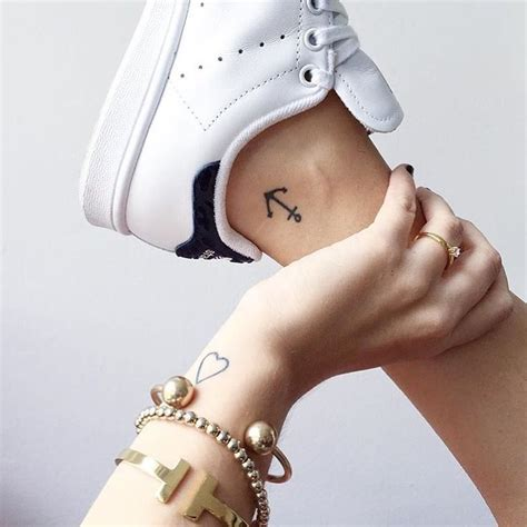 100 small tattoos for those 1000 ideas about small tattoos on