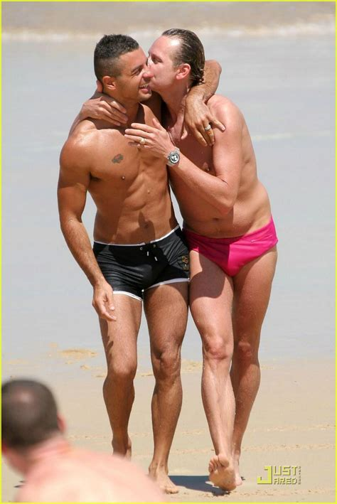 How To Look With Carson Kressley And Maidenform by Carson Kressley S Pink Speedo Style Photo 973321 Carson