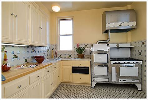1940 Kitchen Design 1940 Kitchen 1940 Broadway 8 Kitchen Kitchens Broadway Stove And Kitchens