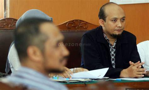 Buku Legisme Legalitas Dan Kepastian Hukum Oleh E Fernando M pengacara korban penganiayaan novel sebut jokowi intervensi hukum