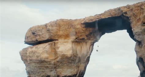 azure window fall rocks fall off picturesque azure window after cliff jumper