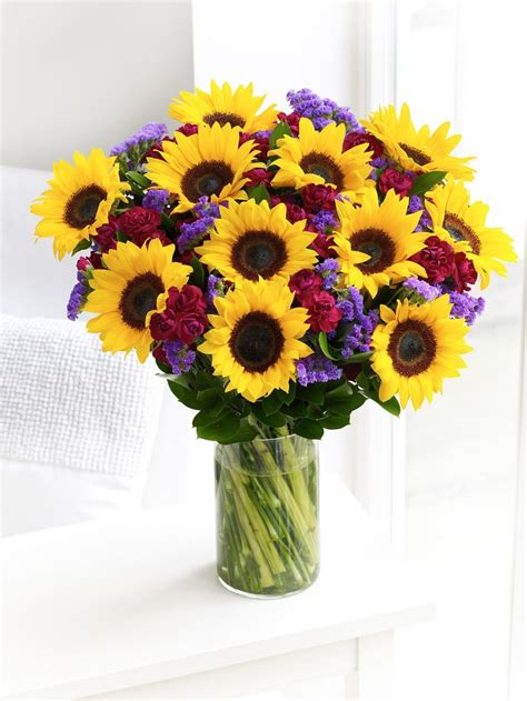 sunflower arrangements ideas best 25 sunflower arrangements ideas on pinterest