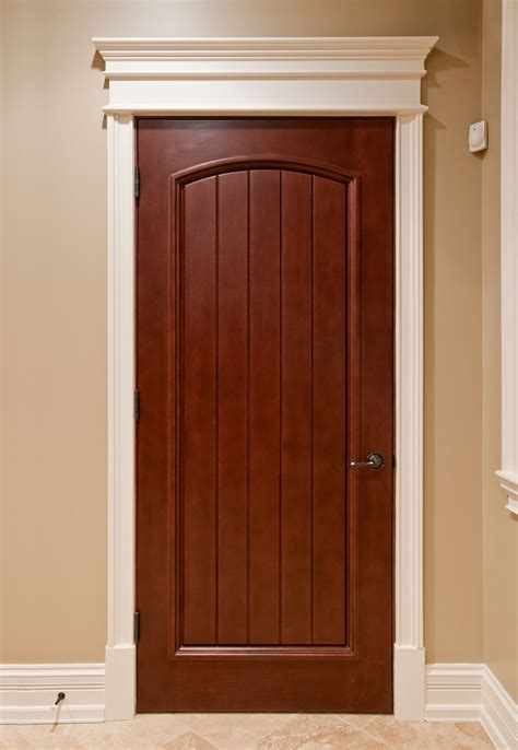 Solid Oak Interior Door Interior Door Custom Single Solid Wood With Medium Mahogany Finish Classic Model Dbi 501
